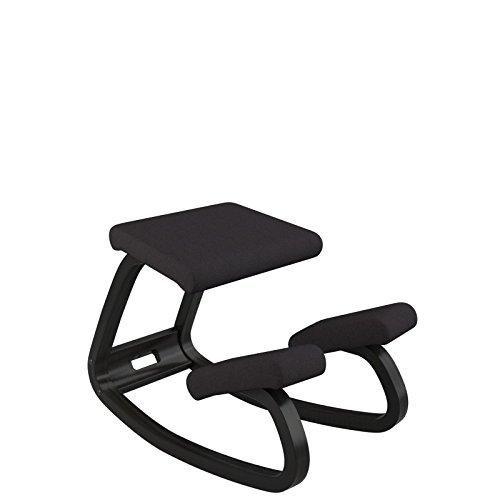 Varier Variable balans - Der originale Kniestuhl, optimal fürs Arbeiten zuhause - Stoff schwarz und Holzteller schwarz lackierte Esche